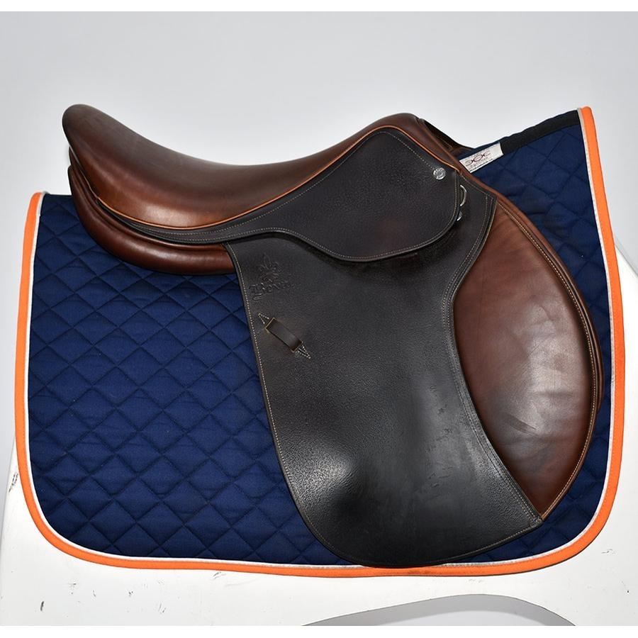 17 IN Beval Artisan Saddle Medium Wide Tree 2014