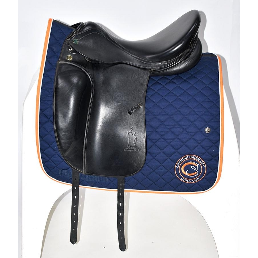 17.5 IN Prestige Dressage 2000 Saddle Medium Wide Tree