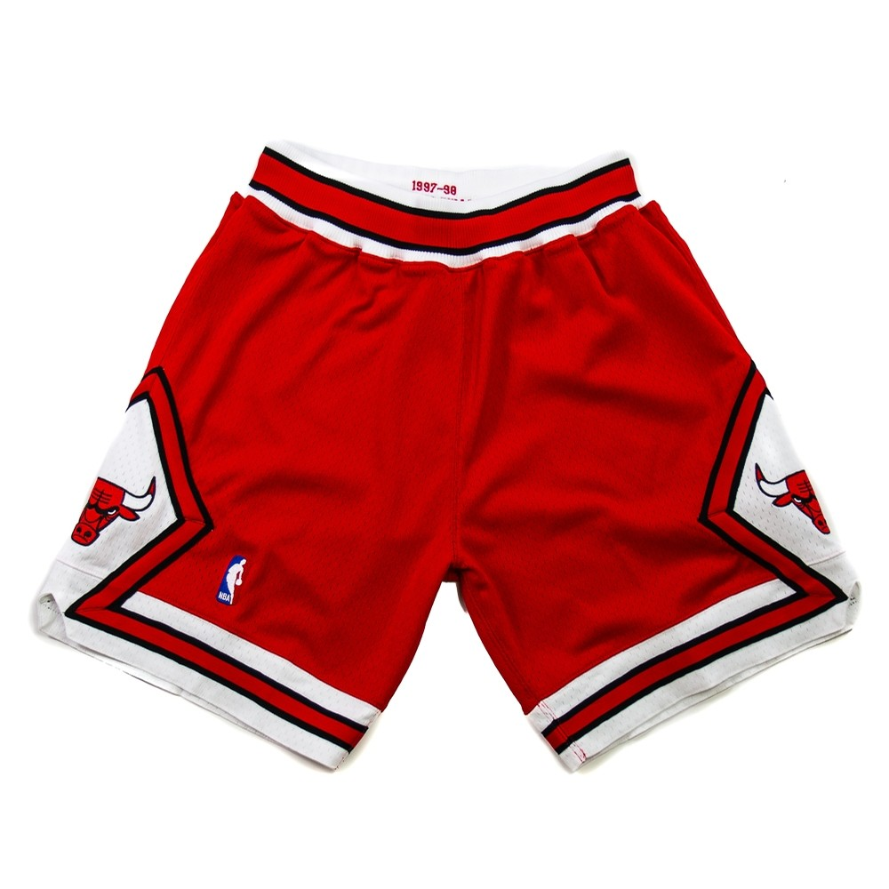 Mitchell & Ness NBA Authentic Bulls Short (Red)