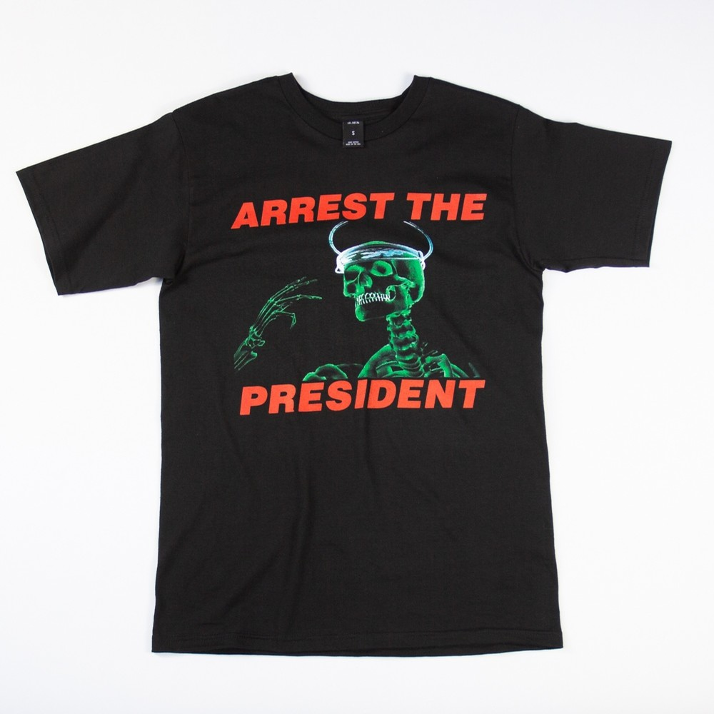 10 Deep Arrest the President Tee (blk)