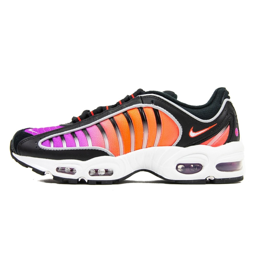 Air Max Tailwind IV (Black/White/Bright Crimson)