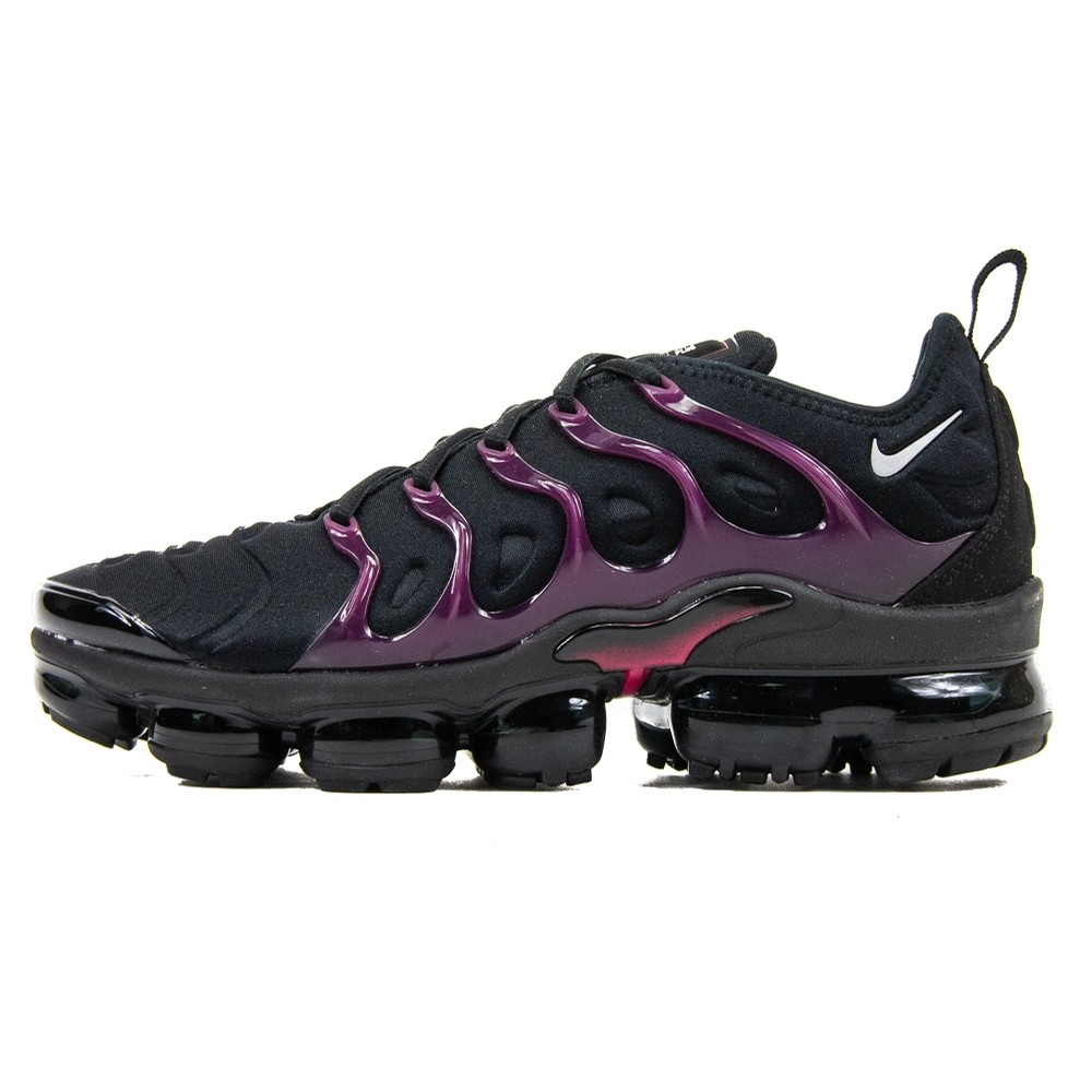 Air Vapormax Plus (Black/Reflect Silver/Noble Red)