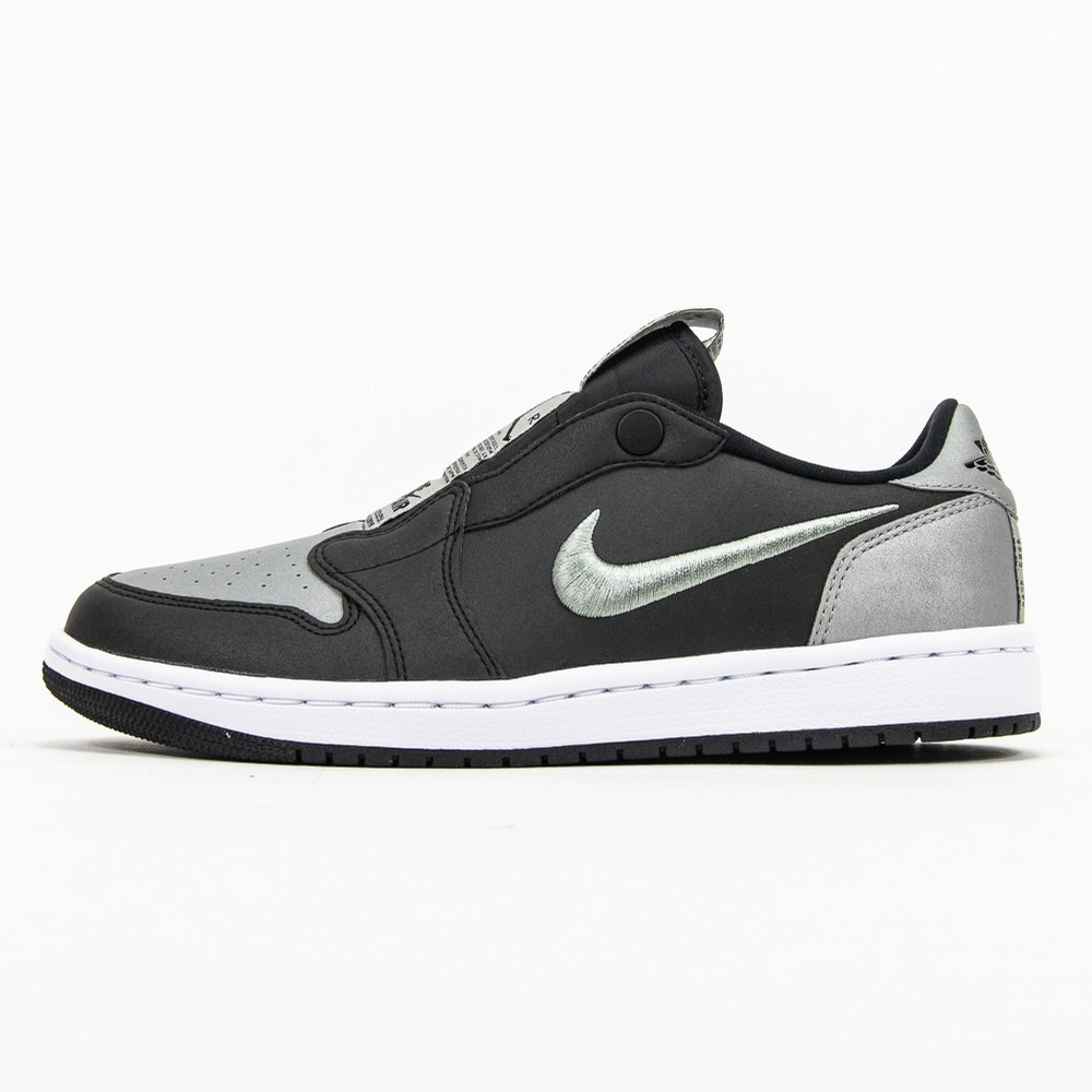 W Air Jordan 1 Retro Low Slip SE (Black/Medium Grey)