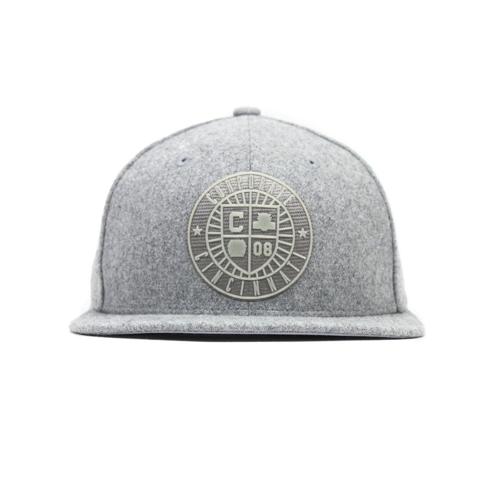 Crest Wool Fitted Cap (Grey)