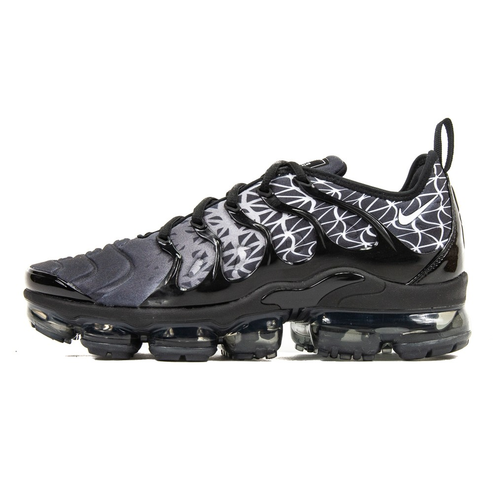 Vapormax Plus (Black/White)