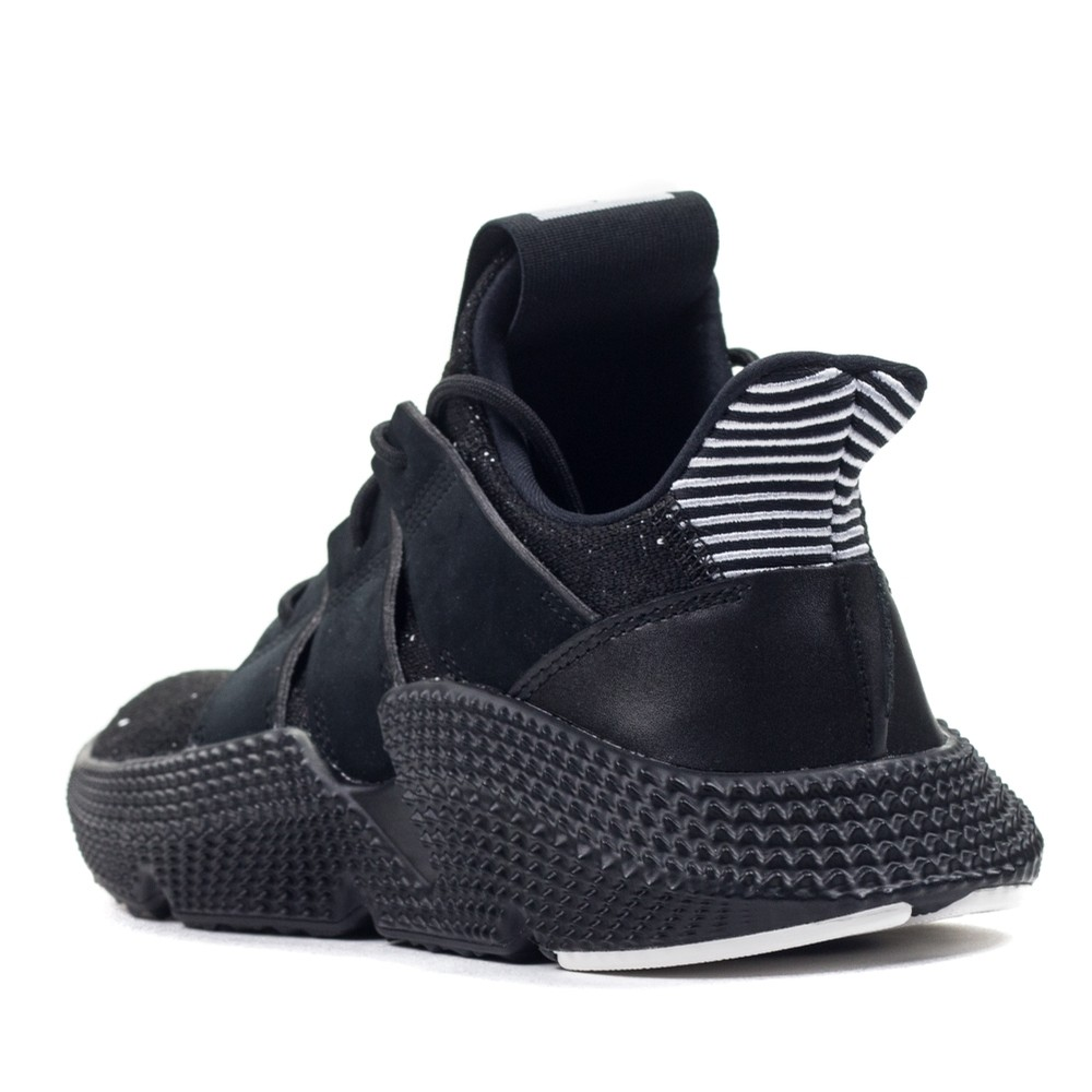 Prophere (Black/White)