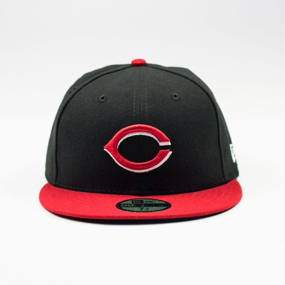 Cincinnati Reds Alt Fitted Cap (Black/Red)