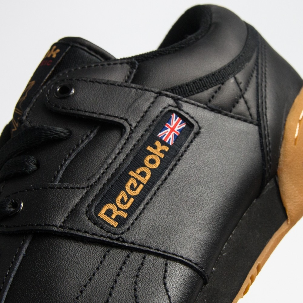 Workout Low (Black/Gum)