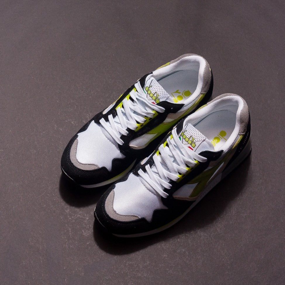 I.C. 4000 NYL (White/Acid Green)