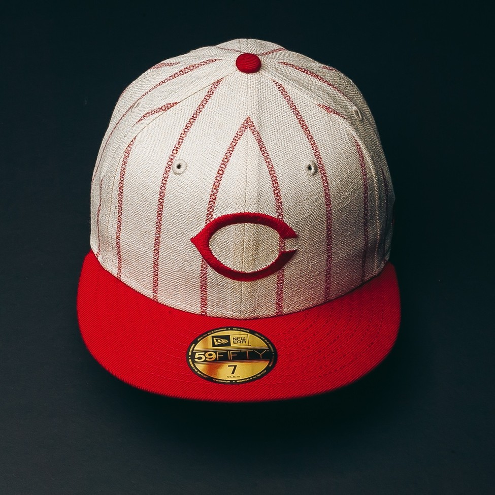 Reds Pinstripes Hat (Off White/Red)