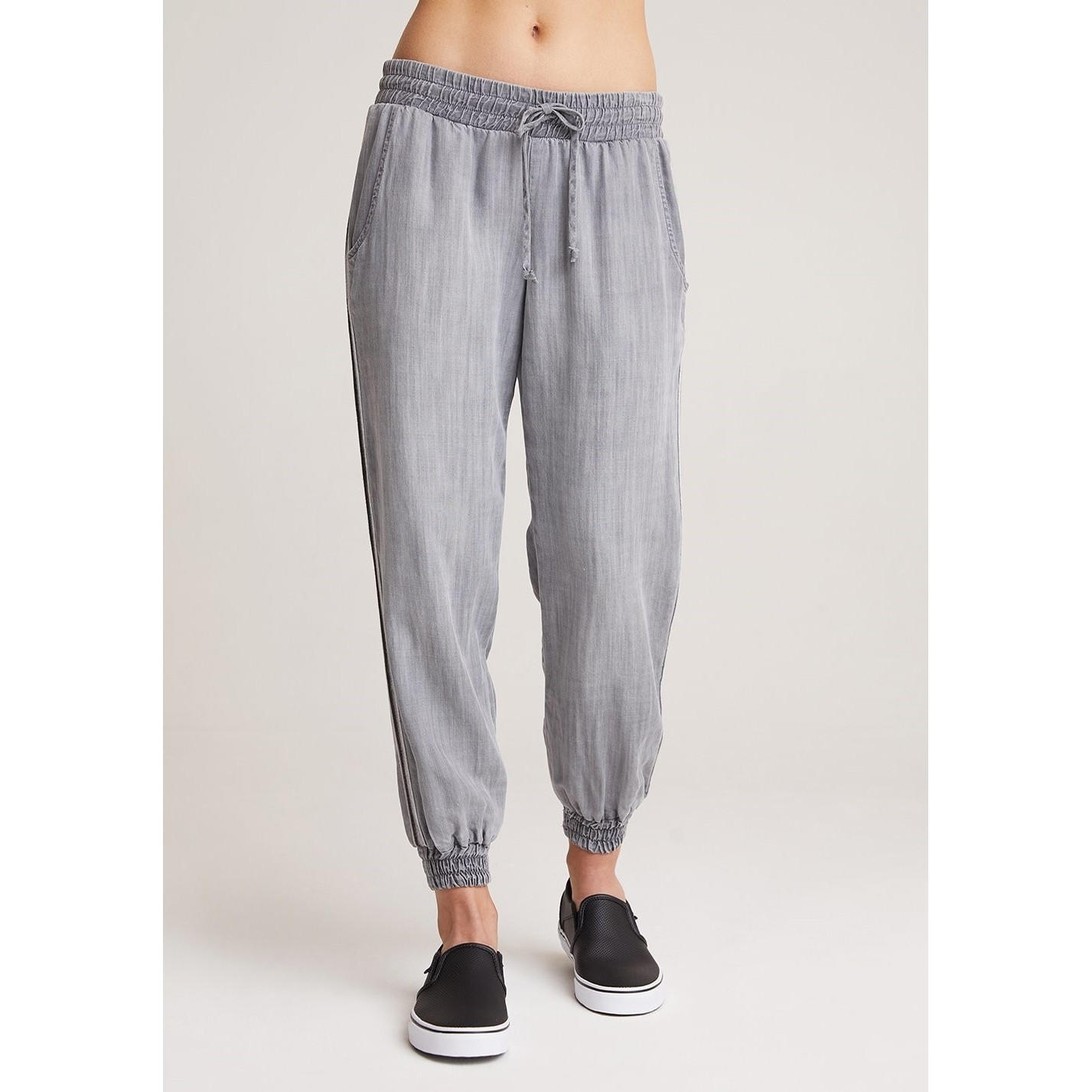 Trimmed Jogger (Shadows Wash)