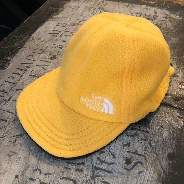 The North Face Reverse Fleece Norm Hat (Black/TNF Yellow)
