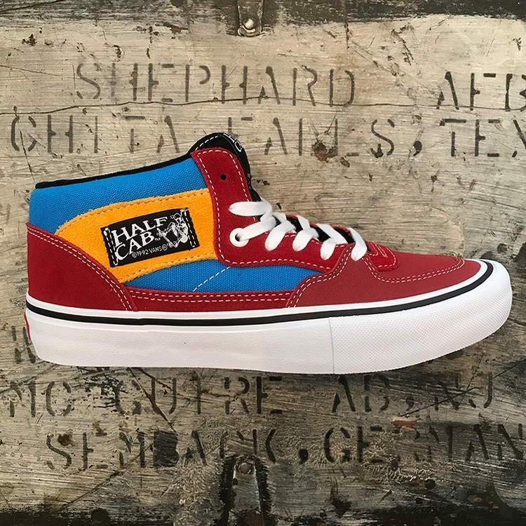 Half Cab Pro (Knee Slide/Blue Red)