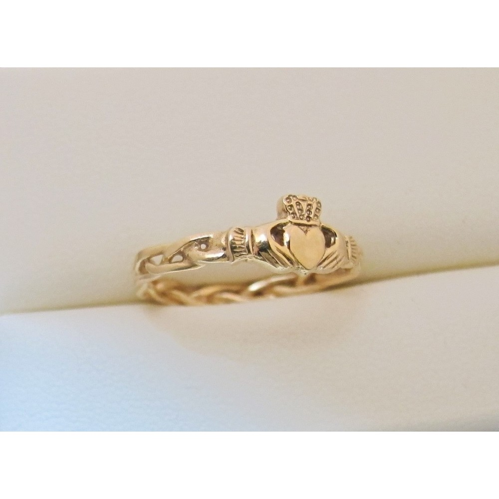 Triple Weave Claddagh Ring Yellow Gold